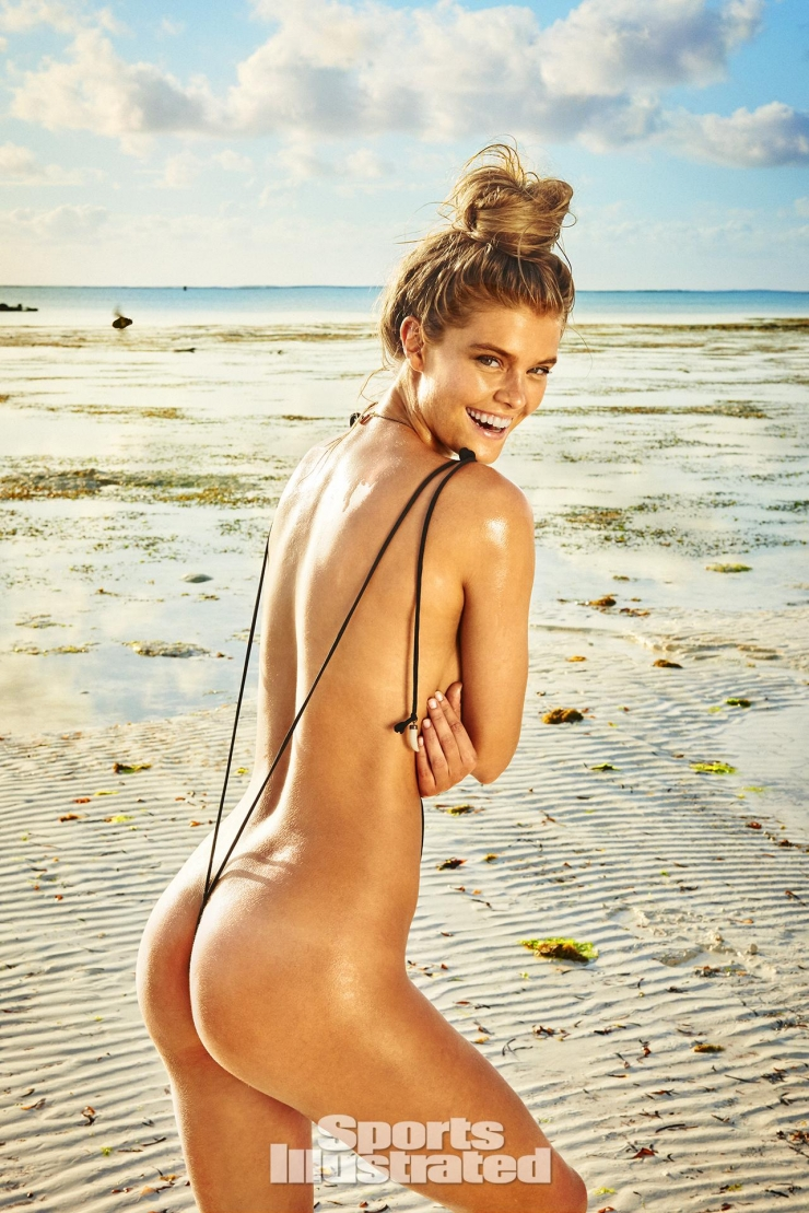 Nina Agdal Height